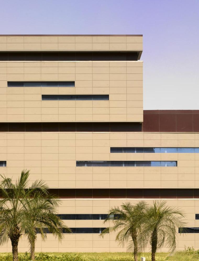 印度Glycols公司总部大楼外部局部-印度Glycols公司总部大楼第4张图片