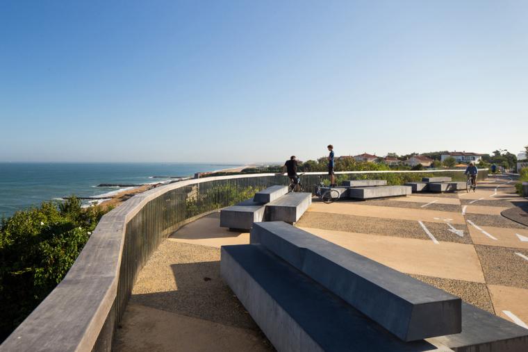 法国昂格莱南海岸外部局部实景图-法国昂格莱南海岸第5张图片