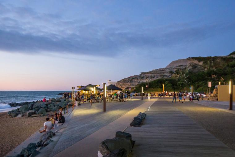 法国昂格莱南海岸外部夜景实景图-法国昂格莱南海岸第9张图片