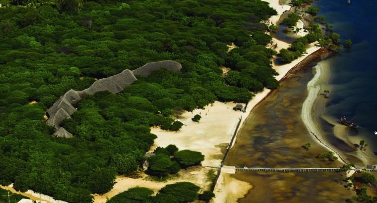 肯尼亚拉姆红辣椒房外部实景图-肯尼亚拉姆红辣椒房第3张图片