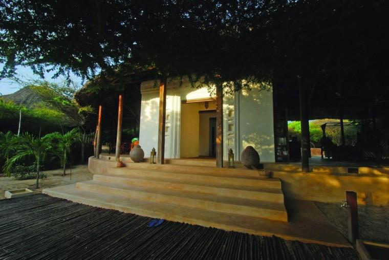 肯尼亚拉姆红辣椒房外部局部实景-肯尼亚拉姆红辣椒房第11张图片