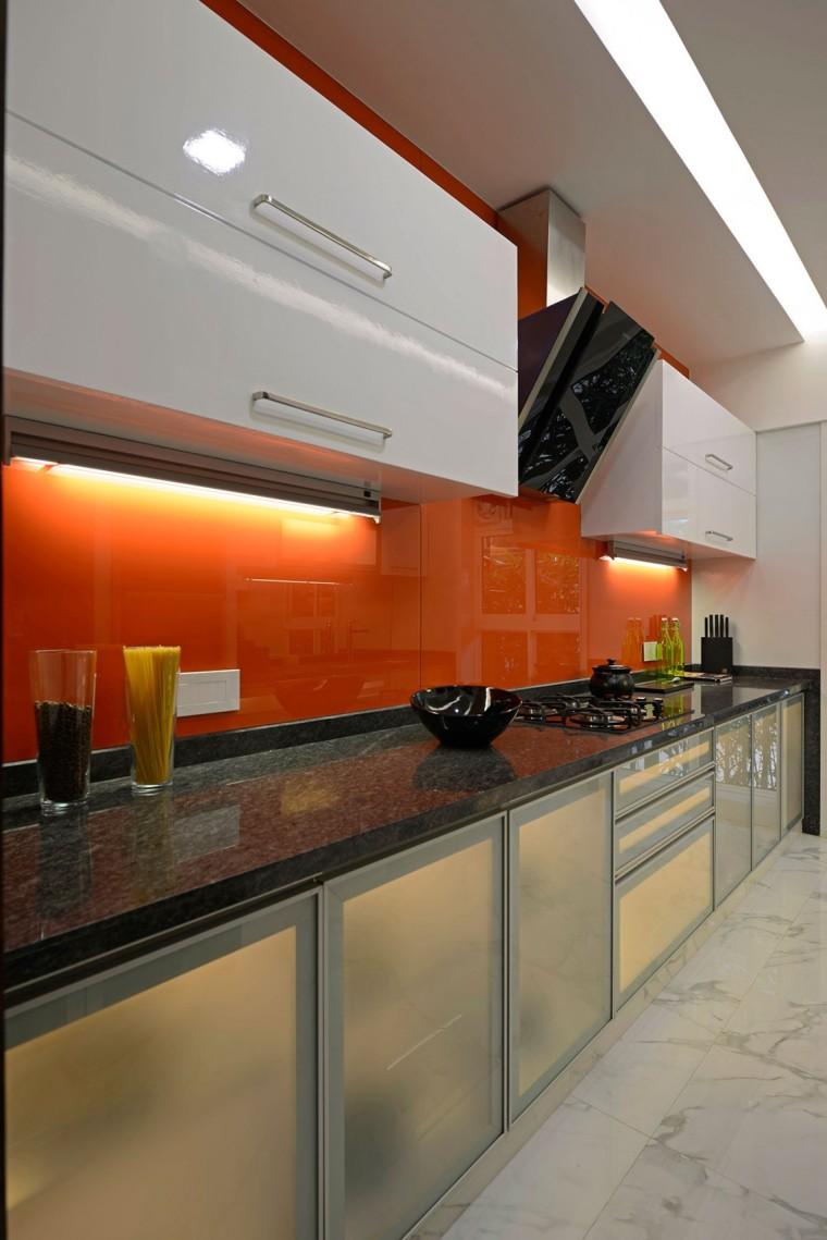 印度Ridgewood公寓室内厨房实景图-印度Ridgewood公寓第10张图片