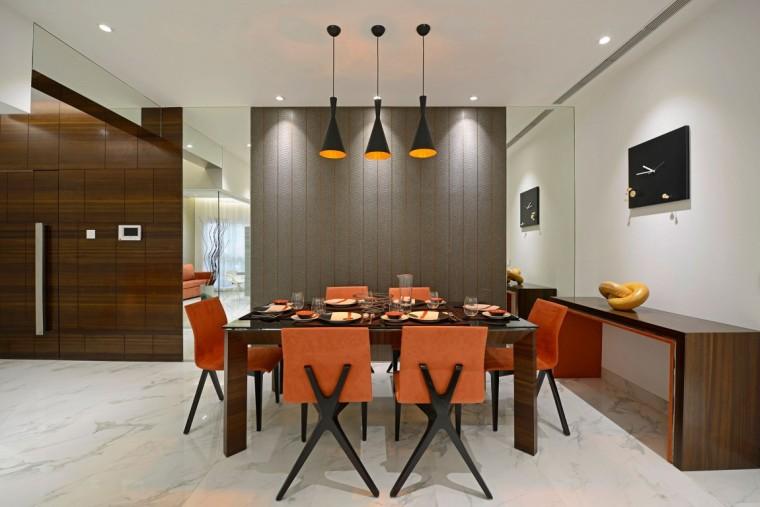 印度Ridgewood公寓室内餐桌实景图-印度Ridgewood公寓第11张图片
