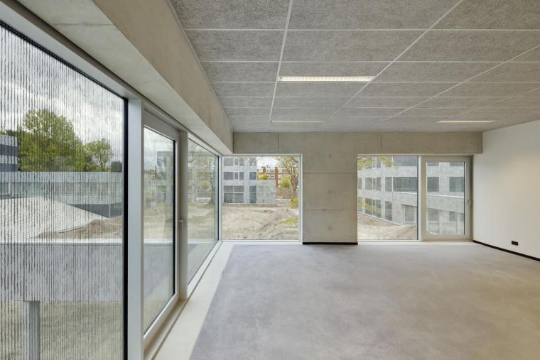 荷兰Hoogvliet校区内部实景图-荷兰Hoogvliet校区第5张图片