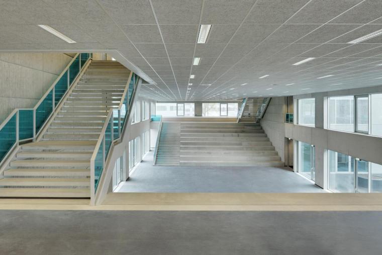 荷兰Hoogvliet校区内部实景图-荷兰Hoogvliet校区第10张图片