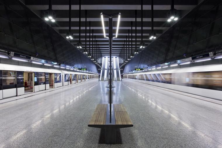匈牙利M4地铁线Bikás公园站内部-匈牙利M4地铁线Bikás公园站第9张图片
