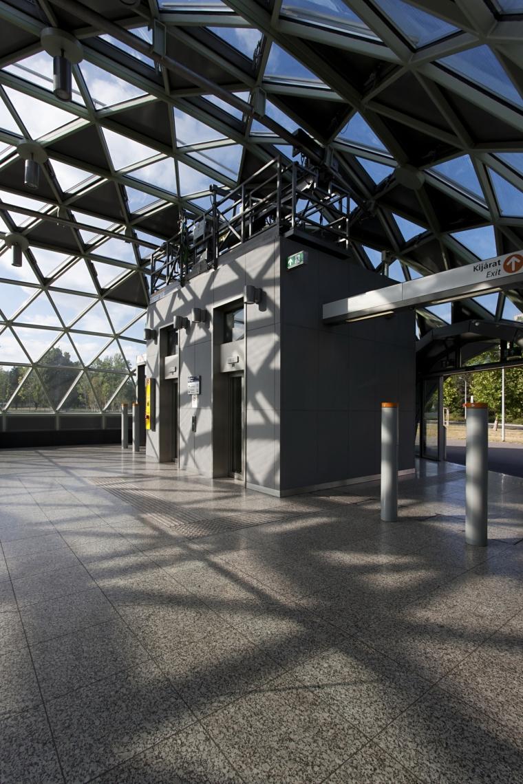 匈牙利M4地铁线Bikás公园站内部-匈牙利M4地铁线Bikás公园站第11张图片