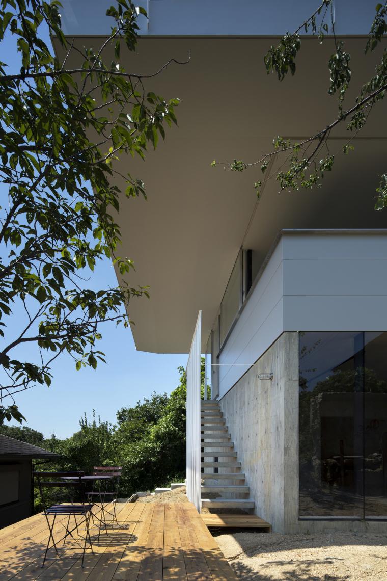 日本Nara-zaka住宅外部局部实景图-日本Nara-zaka住宅第10张图片
