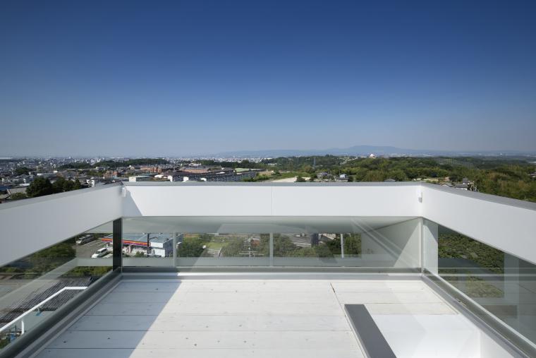 日本Nara-zaka住宅外部阳台实景图-日本Nara-zaka住宅第9张图片