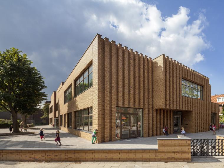 Waalsdrop学校新教学楼第1张图片