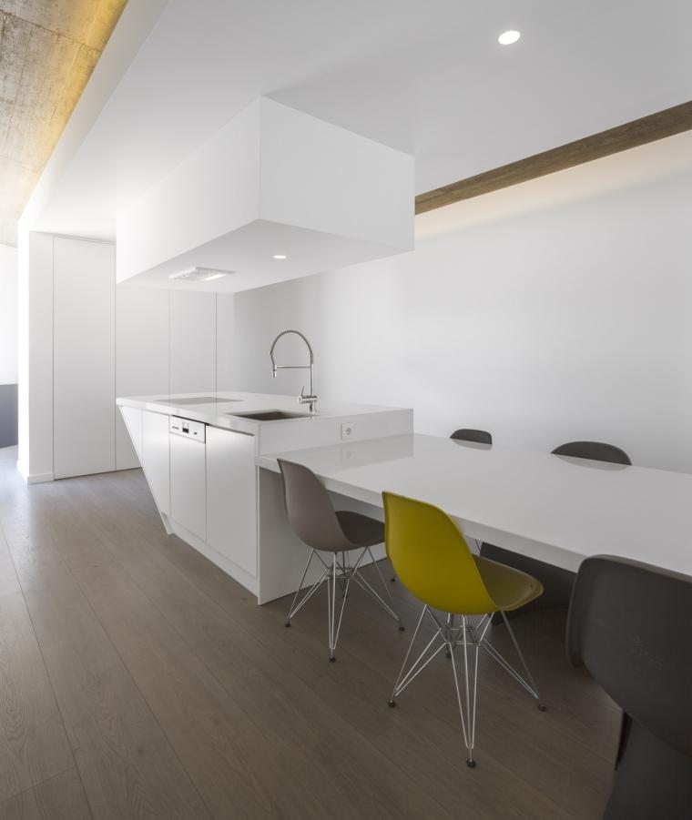 葡萄牙托马尔山顶别墅内部餐厅实-葡萄牙托马尔山顶别墅第12张图片