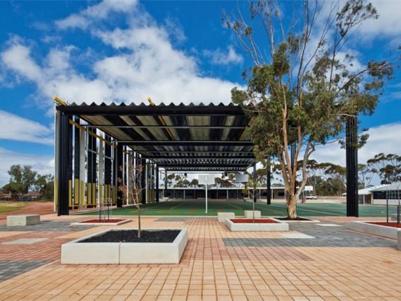 澳大利亚南部的三所学校