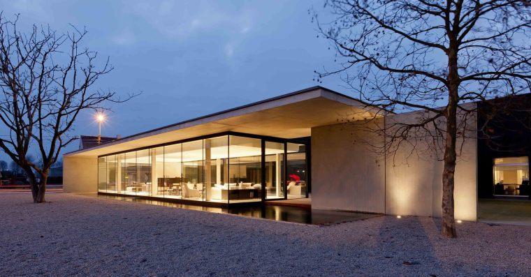 比利时Obumex家具展览室外部夜景-比利时Obumex家具展览室第10张图片