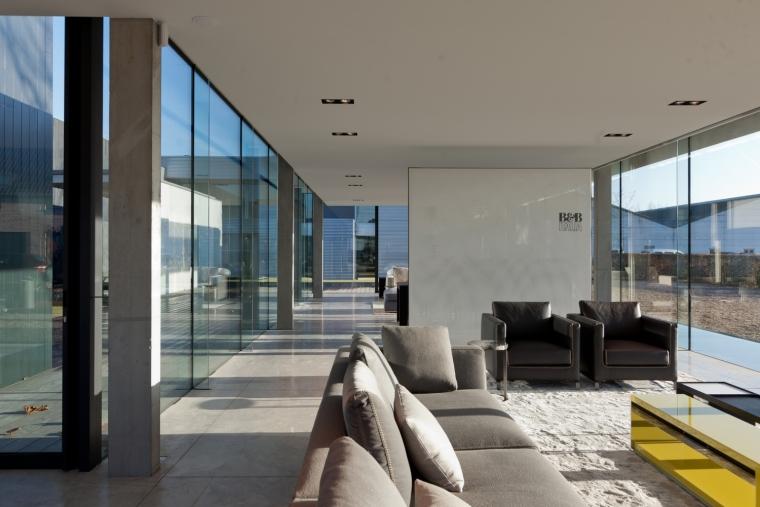 比利时Obumex家具展览室内部实景-比利时Obumex家具展览室第14张图片