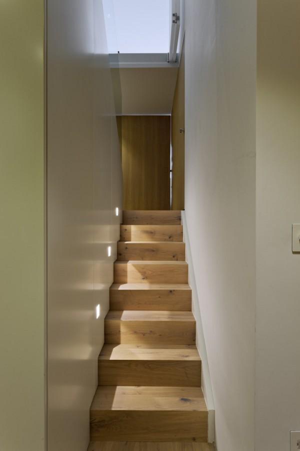 英国伦敦市中心公寓室内楼梯实景-英国伦敦市中心公寓第11张图片