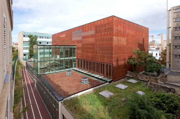 法国埃克托柏辽兹体育中心外部实-法国埃克托柏辽兹体育中心第2张图片