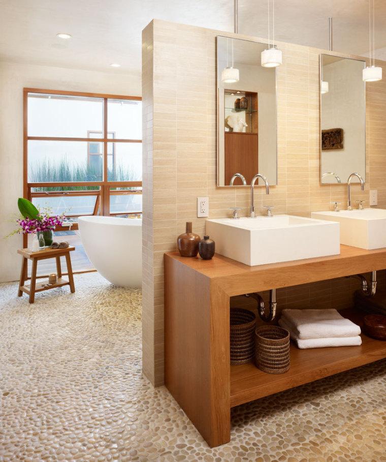 美国三十三街住宅内部浴室实景图-美国三十三街住宅第14张图片