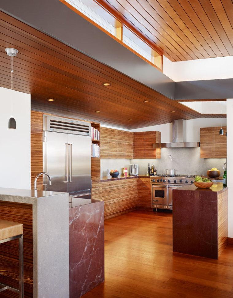 美国三十三街住宅内部厨房实景图-美国三十三街住宅第11张图片