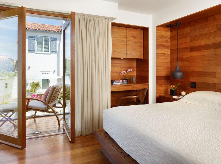 美国三十三街住宅内部卧室实景图-美国三十三街住宅第16张图片