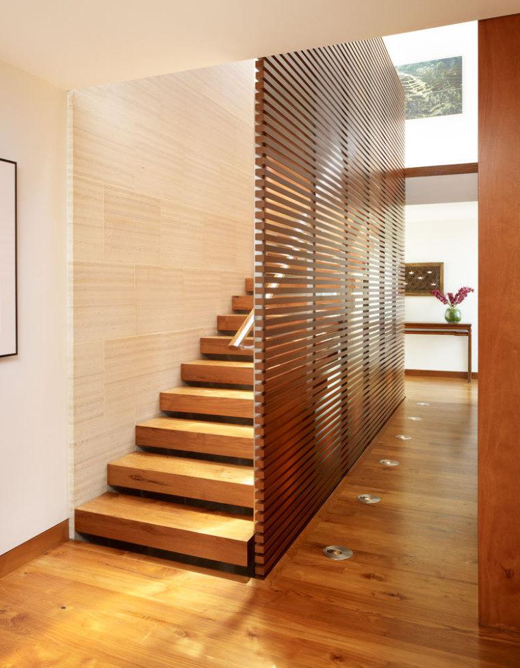 美国三十三街住宅内部楼梯实景图-美国三十三街住宅第13张图片