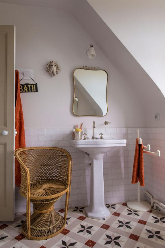 法国诺曼底的一座小城堡室内浴室-法国诺曼底的一座小城堡第8张图片