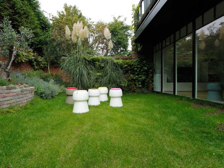 荷兰CHAMP小凳子景观第1张图片