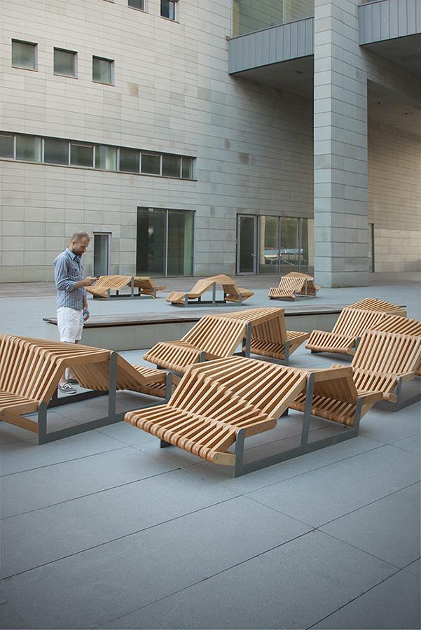 凳如其名的uiliuili长凳外部实景-凳如其名的uiliuili长凳第5张图片
