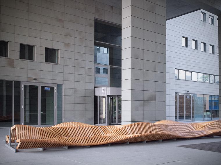 凳如其名的uiliuili长凳第1张图片
