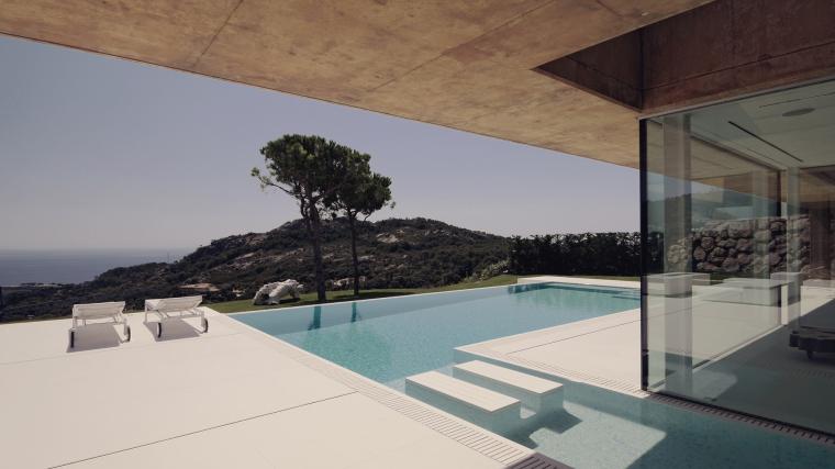 西班牙贝格翻修房外部局部实景图-西班牙贝格翻修房第5张图片