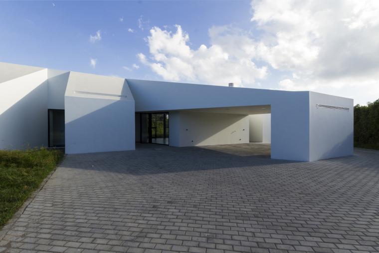 葡萄牙罗斯托别墅外部实景图-葡萄牙罗斯托别墅第3张图片