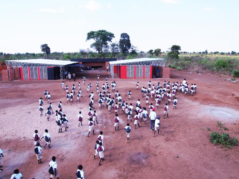 马拉维社区中心及小学外部实景图-马拉维社区中心及小学第3张图片