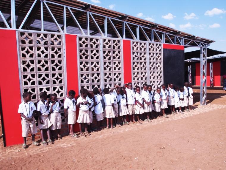 马拉维社区中心及小学外部局部实-马拉维社区中心及小学第6张图片