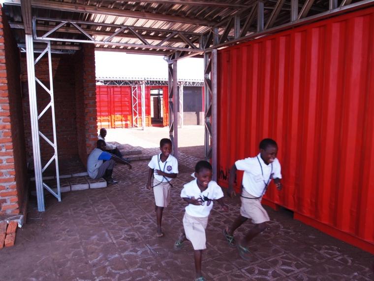 马拉维社区中心及小学外部过道实-马拉维社区中心及小学第10张图片