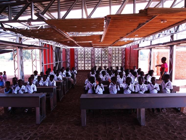 马拉维社区中心及小学之教室实景-马拉维社区中心及小学第15张图片