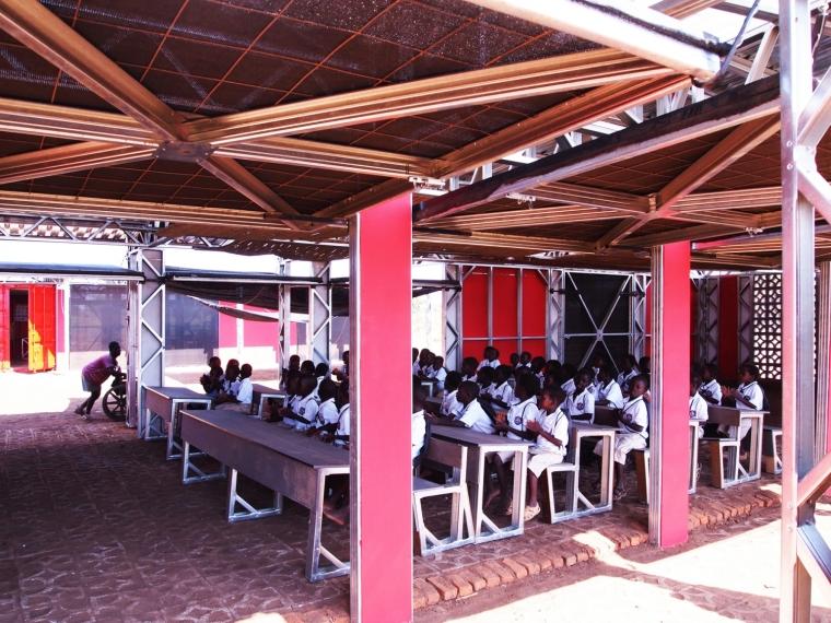 马拉维社区中心及小学之教室实景-马拉维社区中心及小学第16张图片