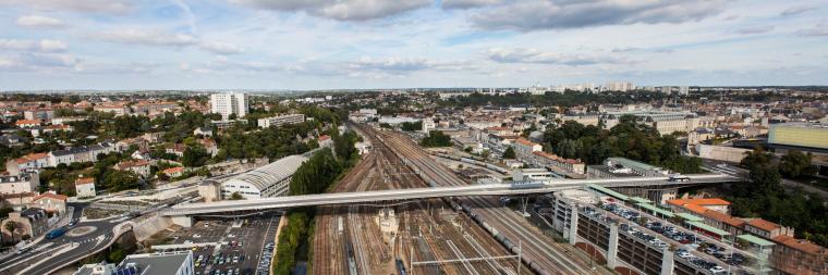 法国莱昂•布鲁姆高架桥外部实景-法国莱昂•布鲁姆高架桥第2张图片