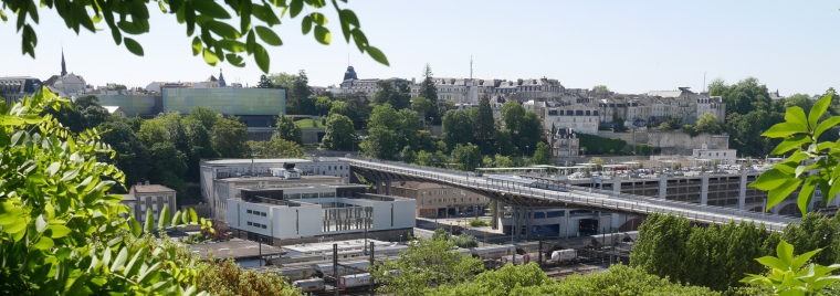 法国莱昂•布鲁姆高架桥外部实景-法国莱昂•布鲁姆高架桥第3张图片