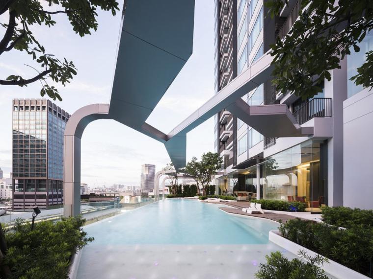泰国Pyne by Sansiri屋顶花园泳池