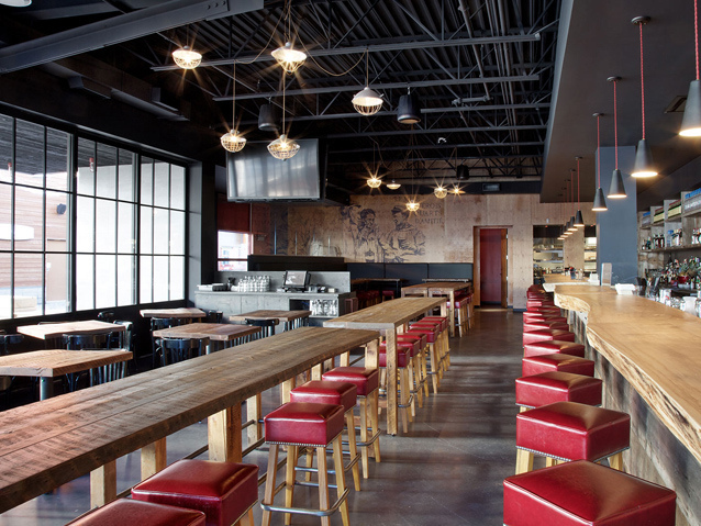 加拿大Míle酒吧餐厅第1张图片