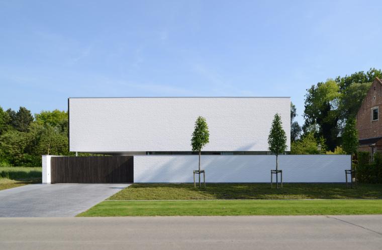 比利时GFR别墅外部实景图-比利时GFR别墅第3张图片