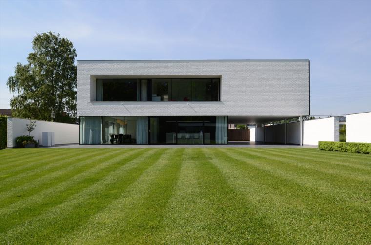 比利时GFR别墅外部实景图-比利时GFR别墅第4张图片