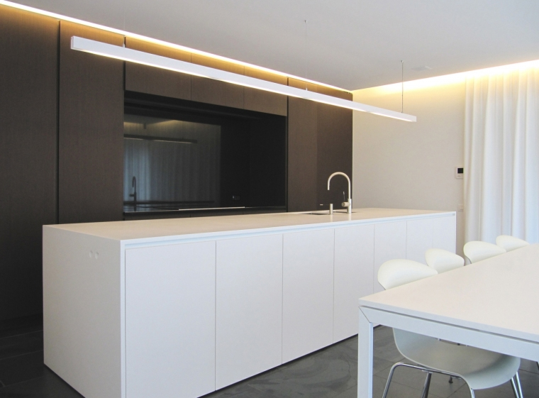 比利时GFR别墅内部厨房实景图-比利时GFR别墅第15张图片