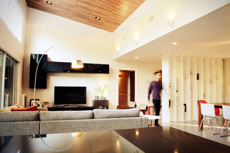 美国韦斯特韦别墅内部客厅实景图-美国韦斯特韦别墅第17张图片