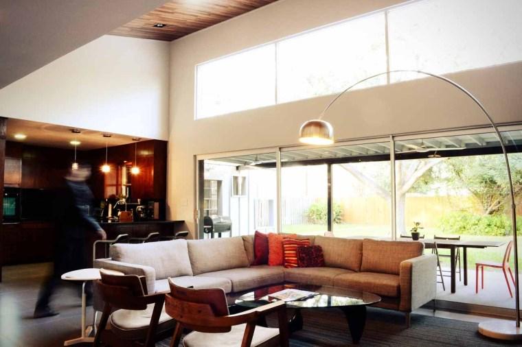 美国韦斯特韦别墅内部客厅实景图-美国韦斯特韦别墅第16张图片