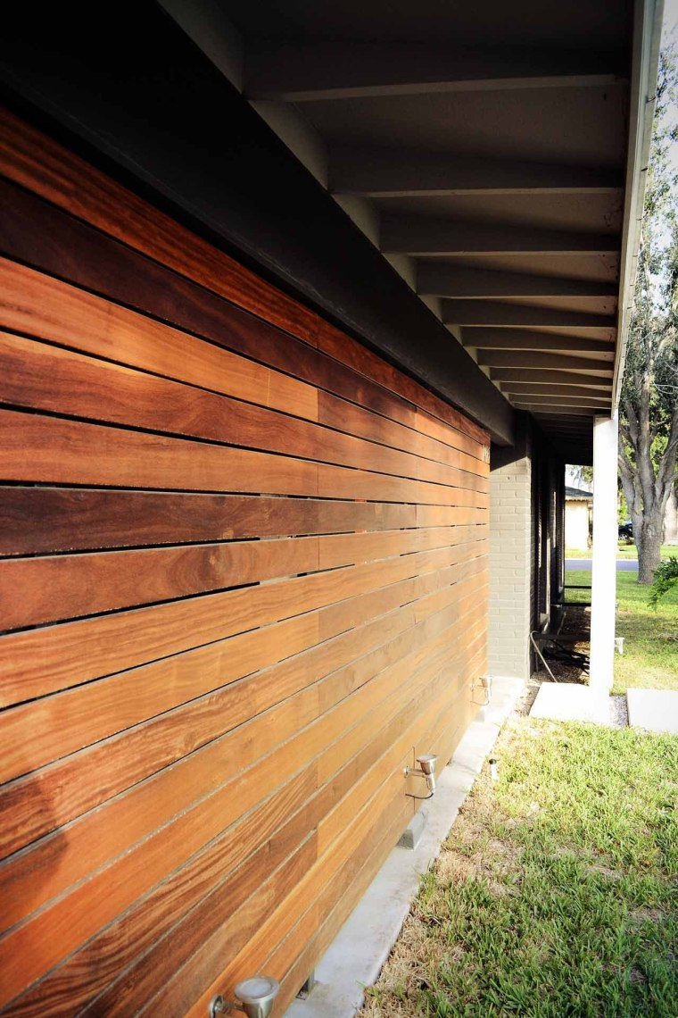 美国韦斯特韦别墅外部侧面实景图-美国韦斯特韦别墅第8张图片