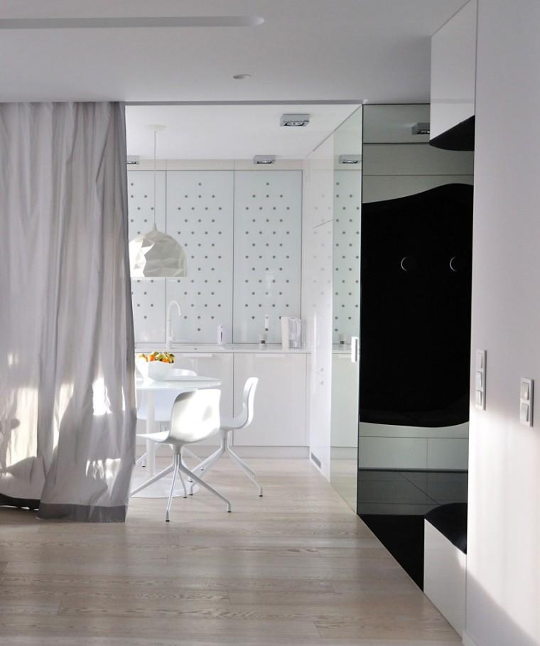 波兰的圆顶公寓室内过道实景图-波兰的圆顶公寓第12张图片