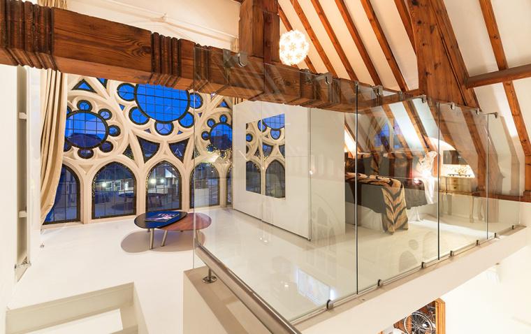 英国一间教堂改造成的现代住宅室-英国一间教堂改造成的现代住宅第10张图片