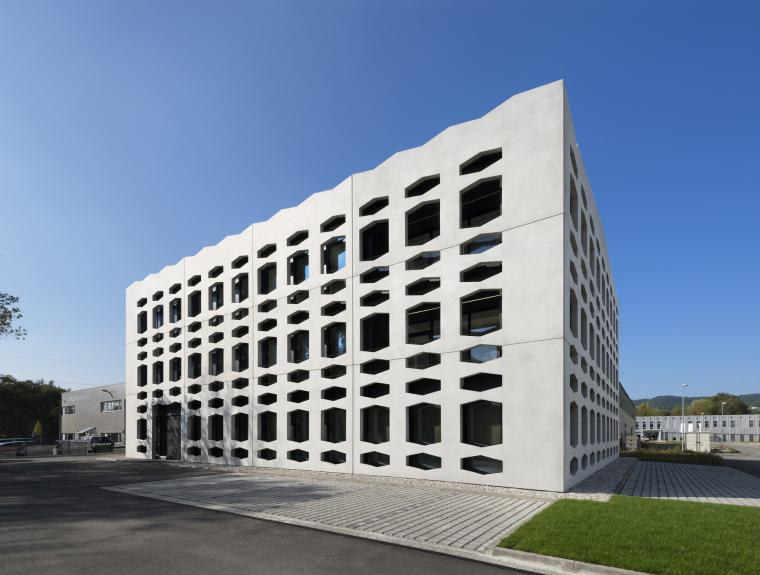 德国纽特拉大楼外部实景图-德国纽特拉大楼第3张图片