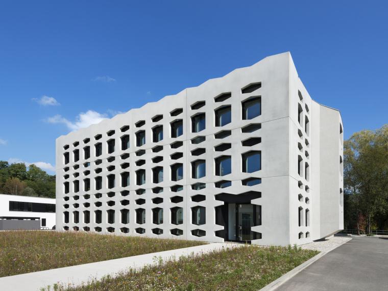 德国纽特拉大楼第1张图片