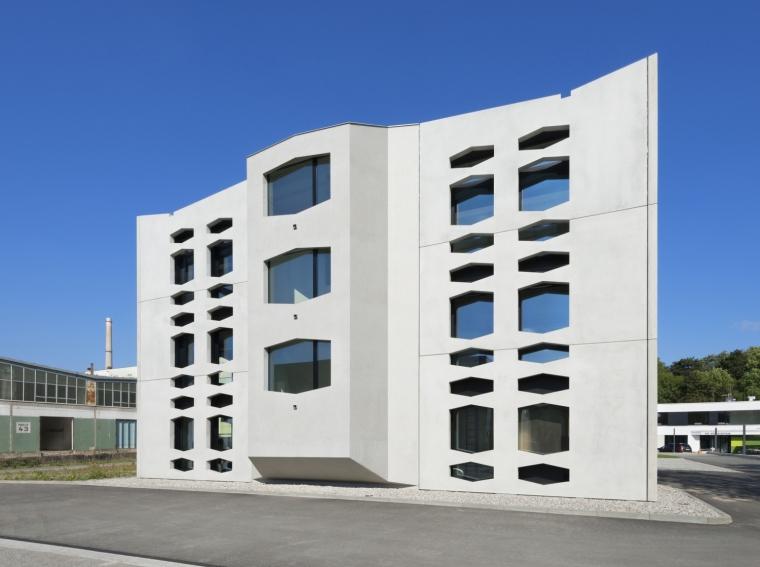 德国纽特拉大楼外部实景图-德国纽特拉大楼第7张图片